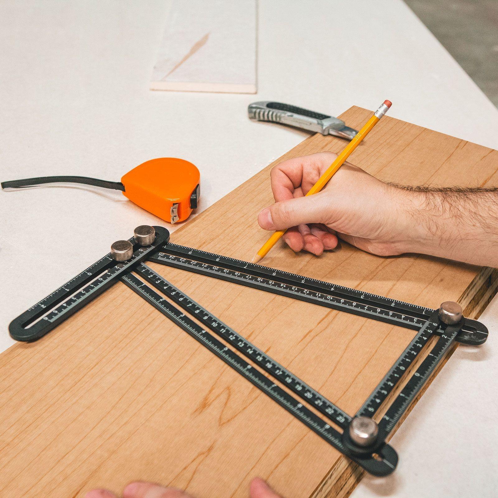 Rigla metalica cuadrilaterala, cu copiator de unghi - 31 x 18 cm