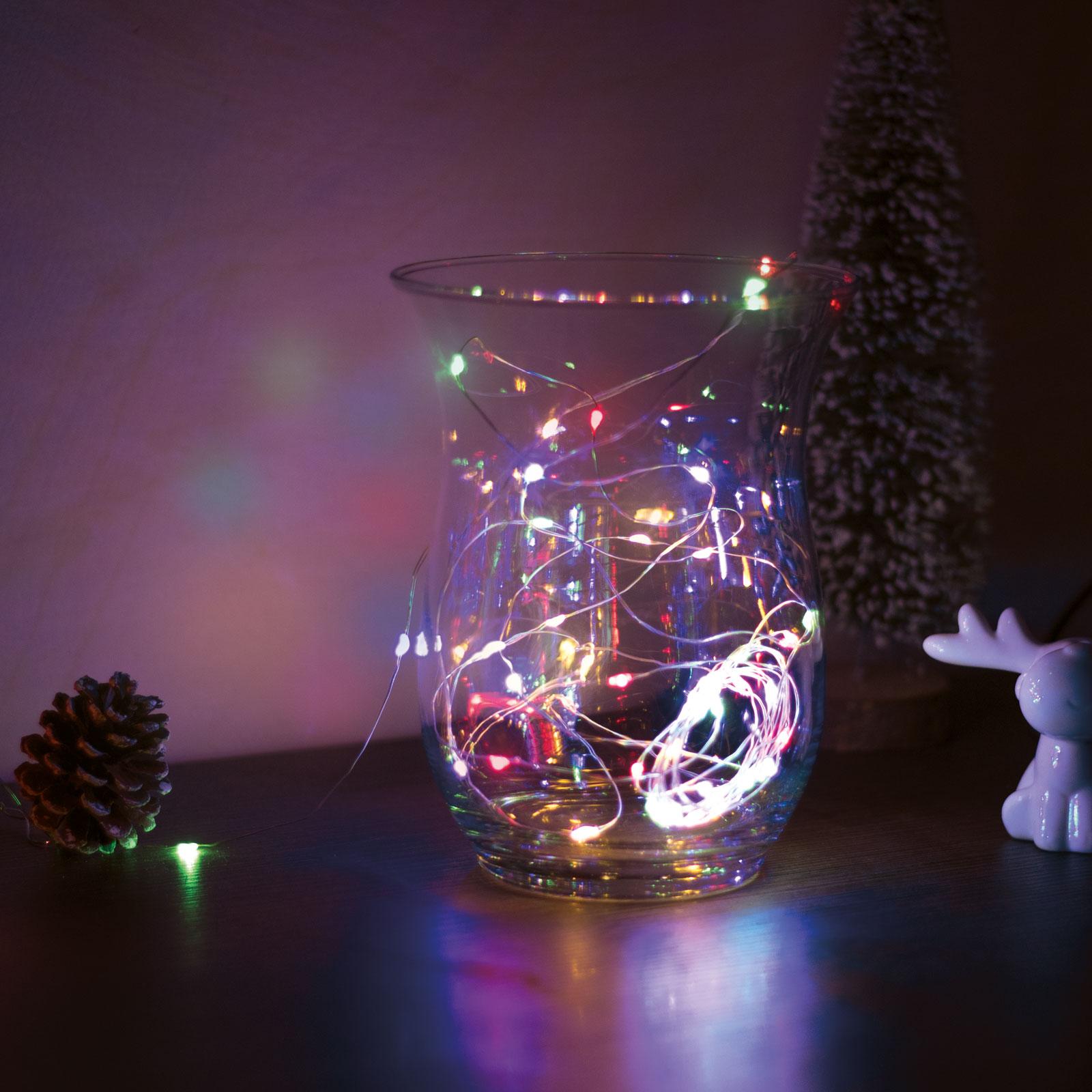 Sir de lumini LED de Craciun - 5 m -50 LED - multicolor, 3xAA